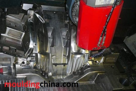 auto light mold-3